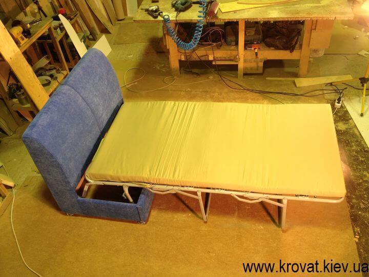 кухонний диван зі спальним місцем