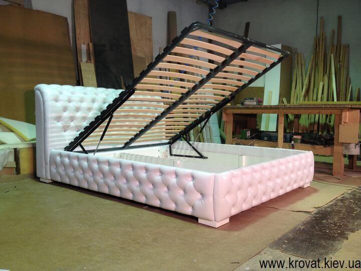 Кровать с капитоне