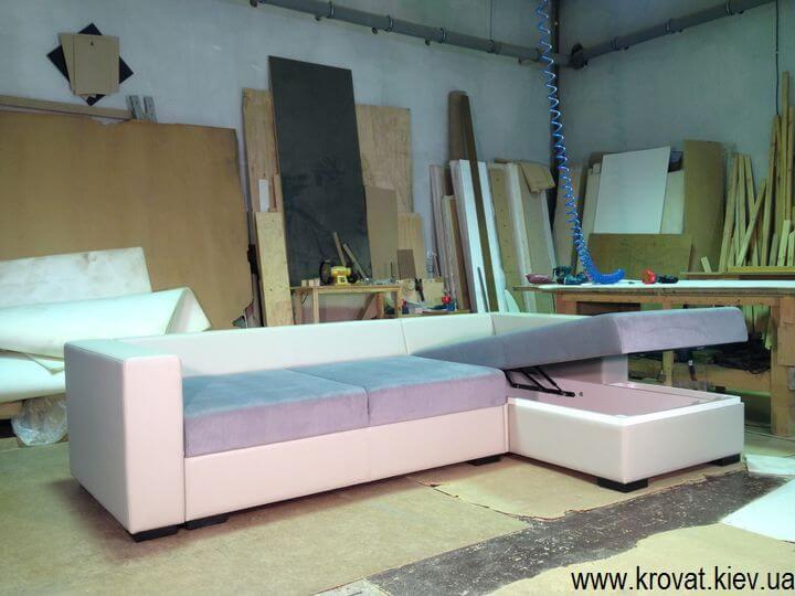 виробництво кутових диванів