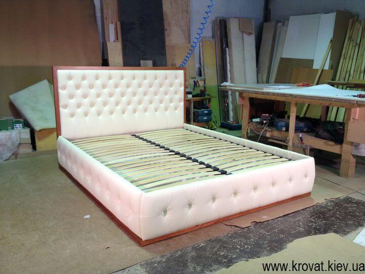 производство 2 x спальных кроватей