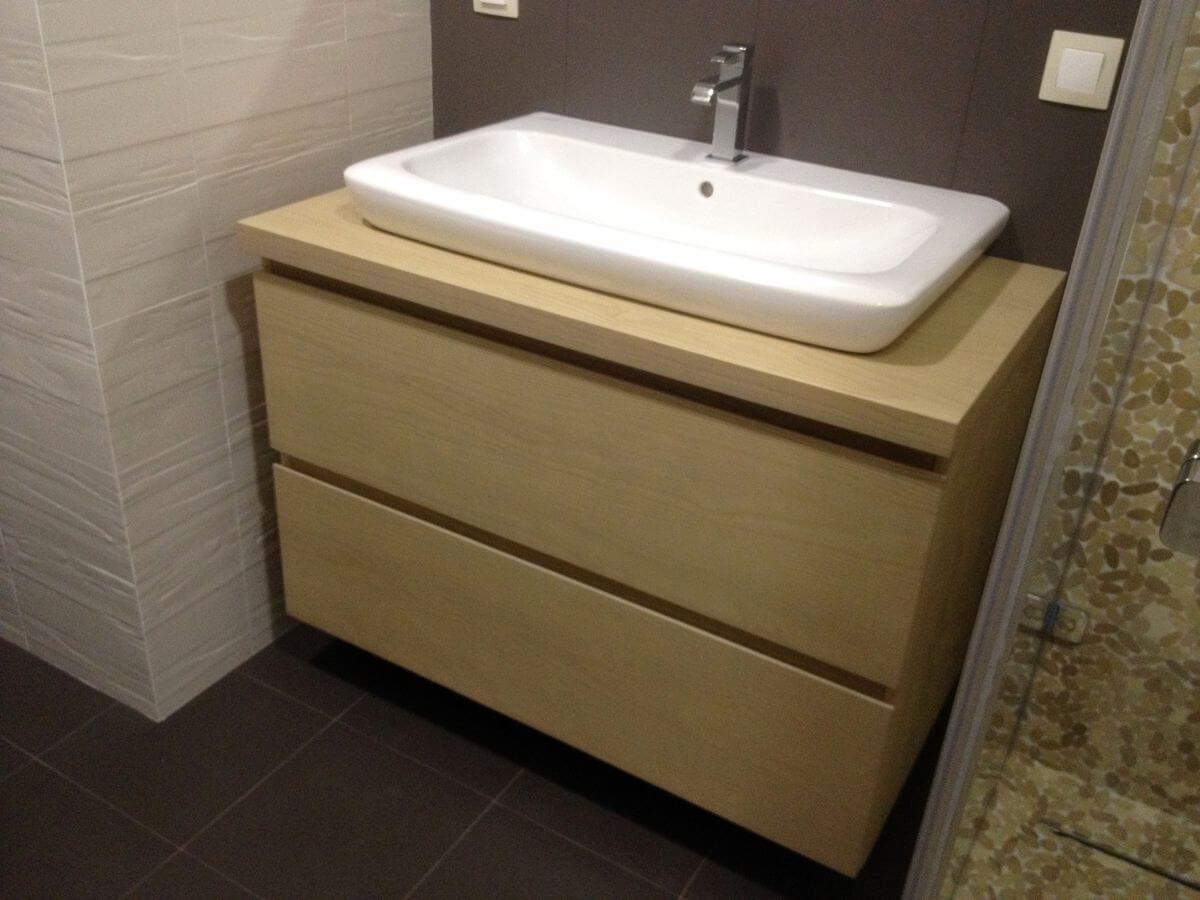 подвесная тумба в ванную