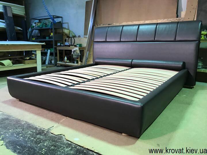 изготовление кроватей с мягкой спинкой
