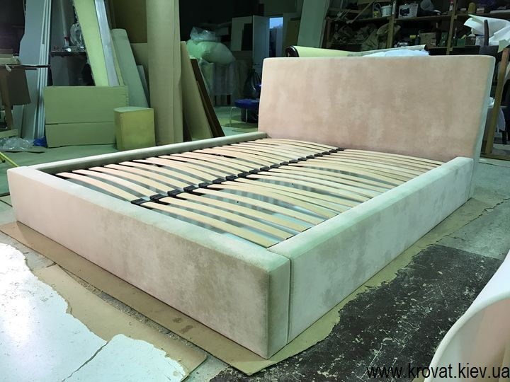 изготовление спальных кроватей