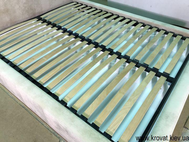 спальная кровать с ортопедическим каркасом