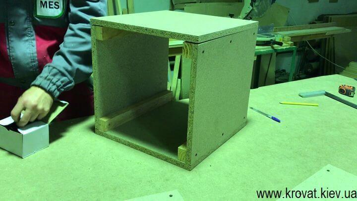 Как сделать квадратный пуф с утяжками самому