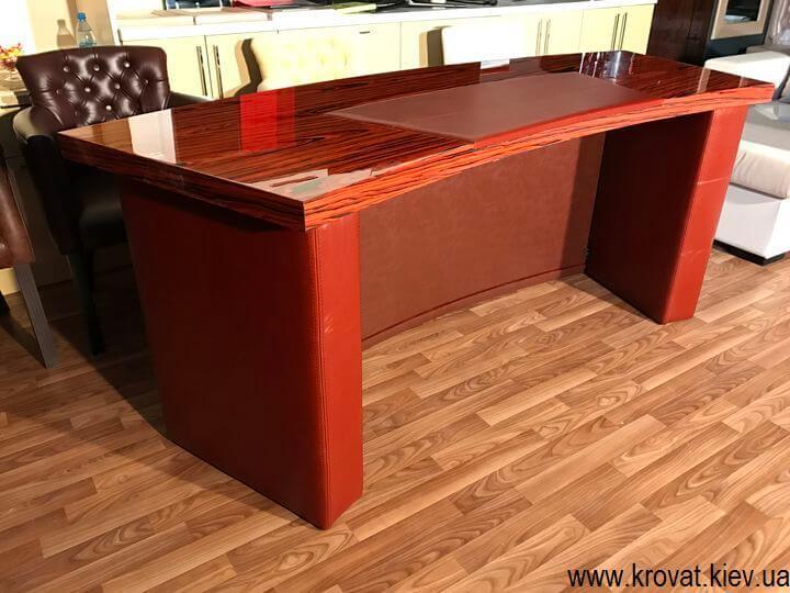 стол руководителя из кожи