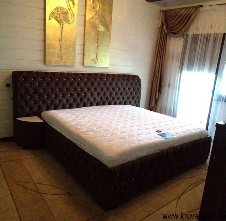 угловой пуфик в спальню
