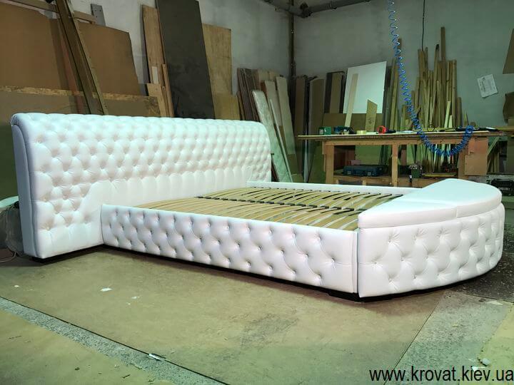 широке ліжко