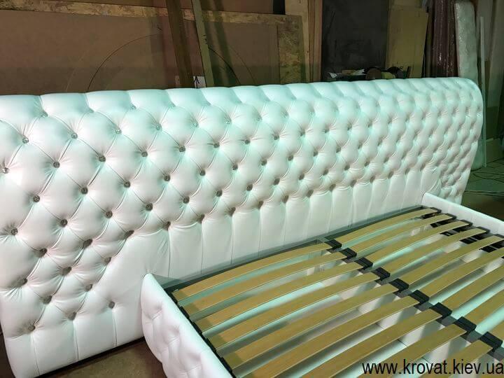 велике ліжко