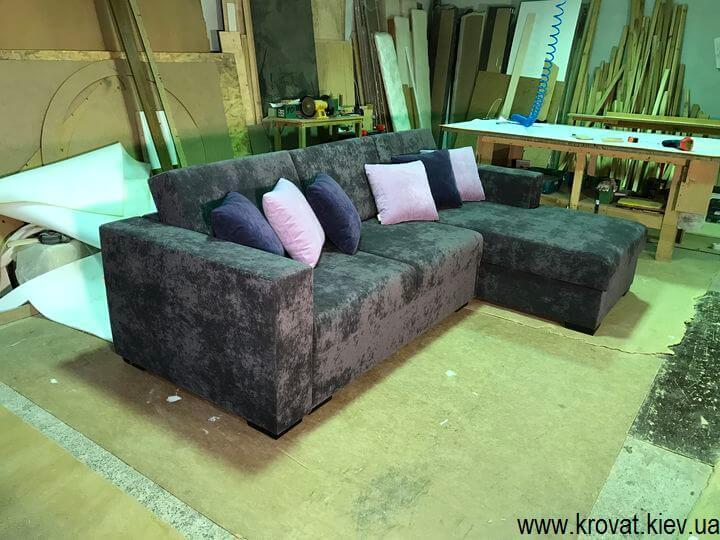 раскладной серый угловой диван