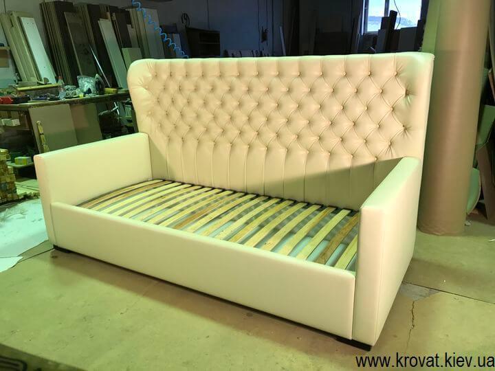 ліжко для дівчинки на замовлення