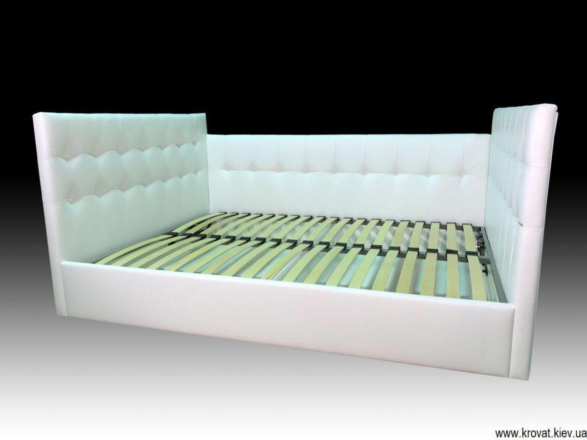 ліжко з трьома спинками на замовлення