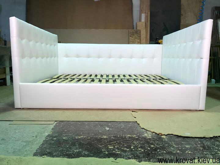 кровать с тремя спинками на заказ
