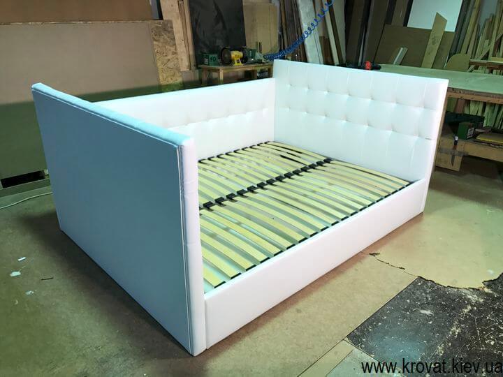 ліжко з трьома спинками з підйомним механізмом
