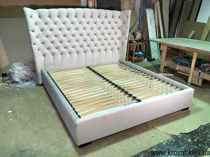 кровать с закругленной спинкой с подъемным механизмом