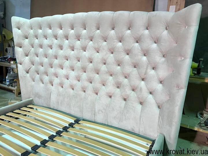 ліжко з заокругленим узголів'ям на замовлення