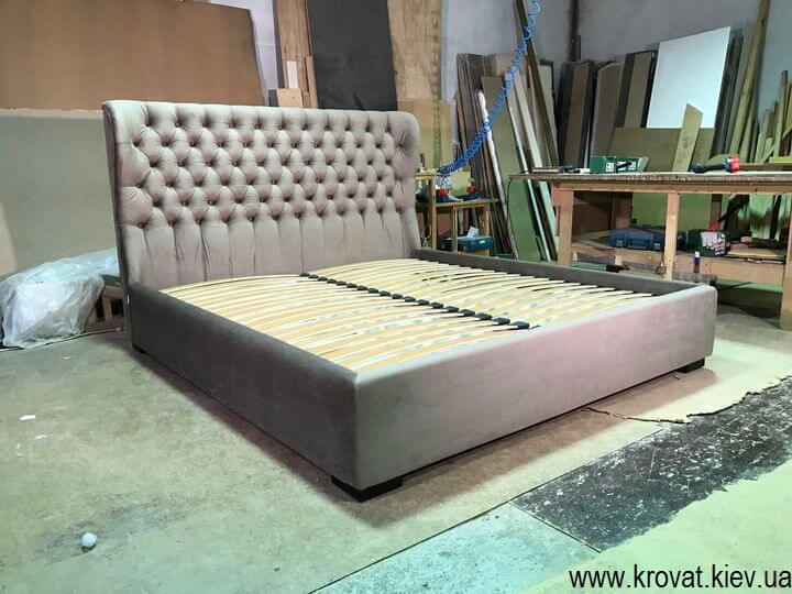 ліжко з заокругленим узголів'ям для спальні