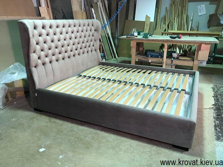 кровать с закругленным изголовьем с подъемным механизмом
