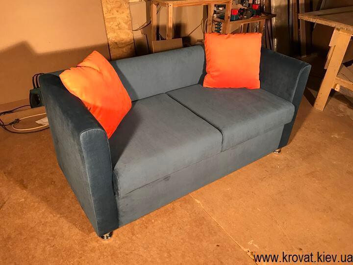 изготовление диванов для кафе
