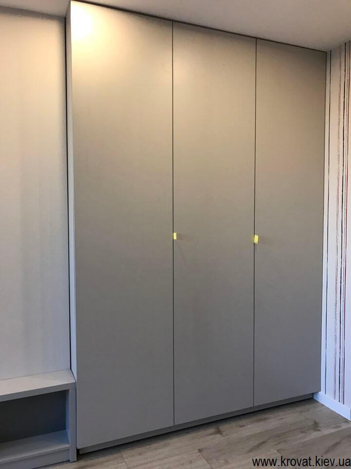 шкаф в детскую комнату