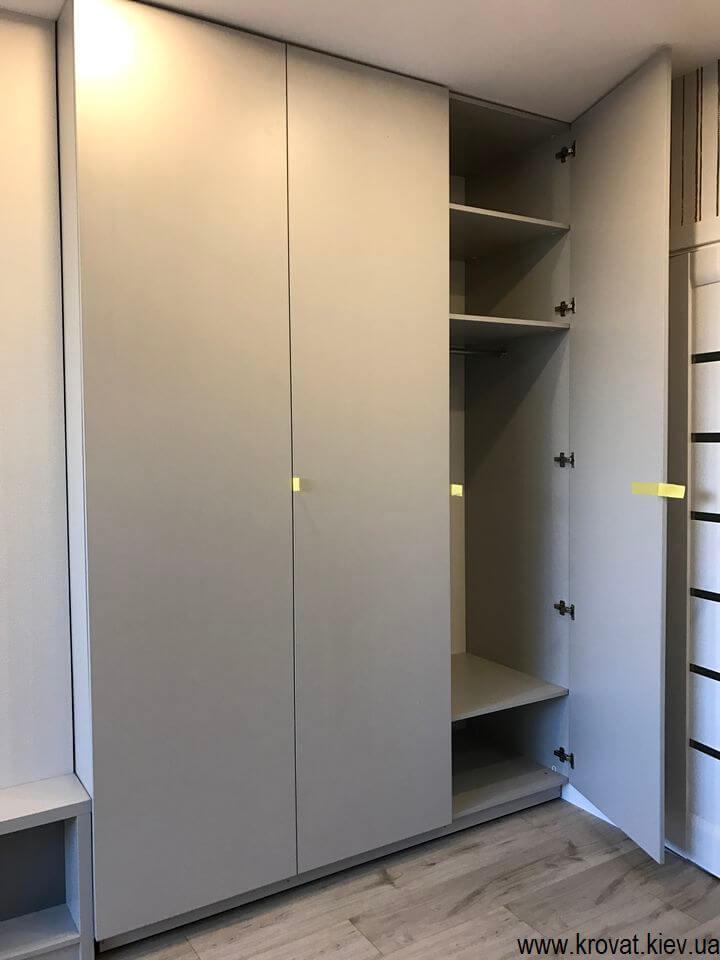 шкаф в детскую для мальчика