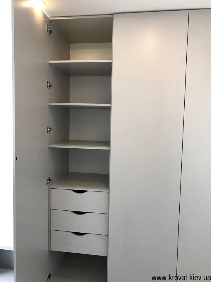 распашной шкаф с ящиками на заказ