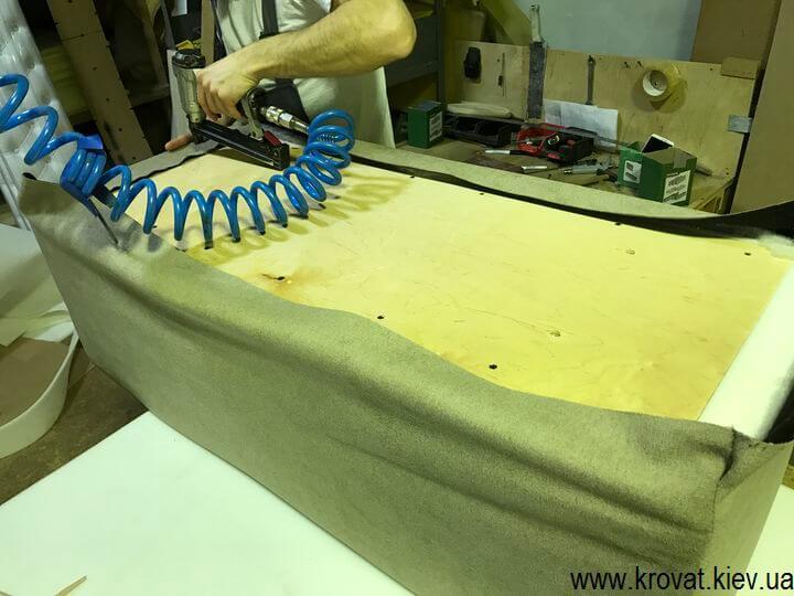 производство мягких диванов