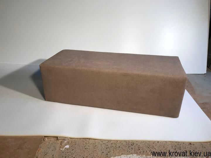 прямоугольный пуф в ткани