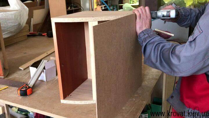 как изготовить пуфик угловой формы
