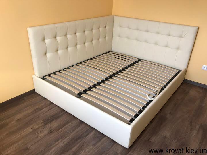 кровати с боковой спинкой