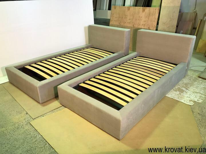 ліжко зі знімним чохлом