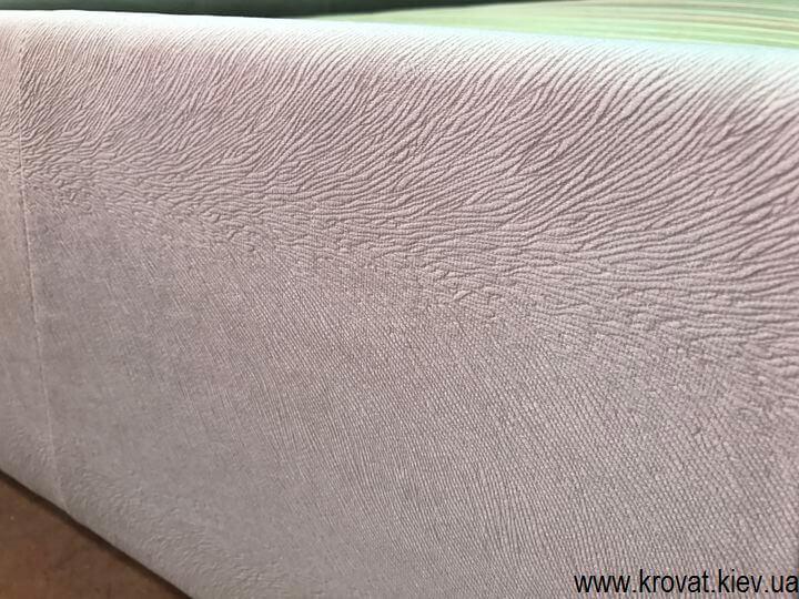 кровать в ткани флок