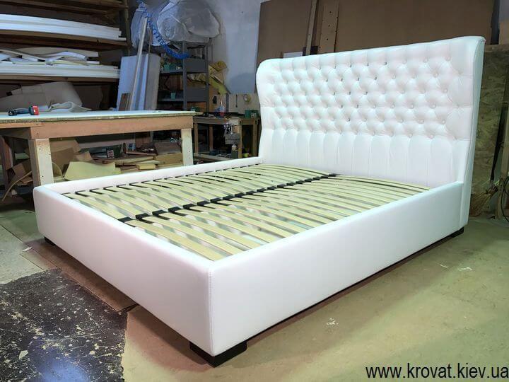 изготовление кроватей с ушками на заказ