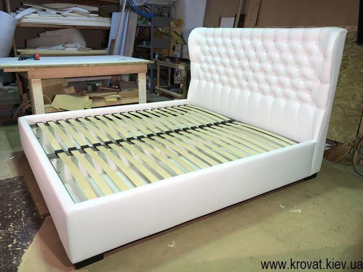 ліжко з вушками з підйомним механізмом