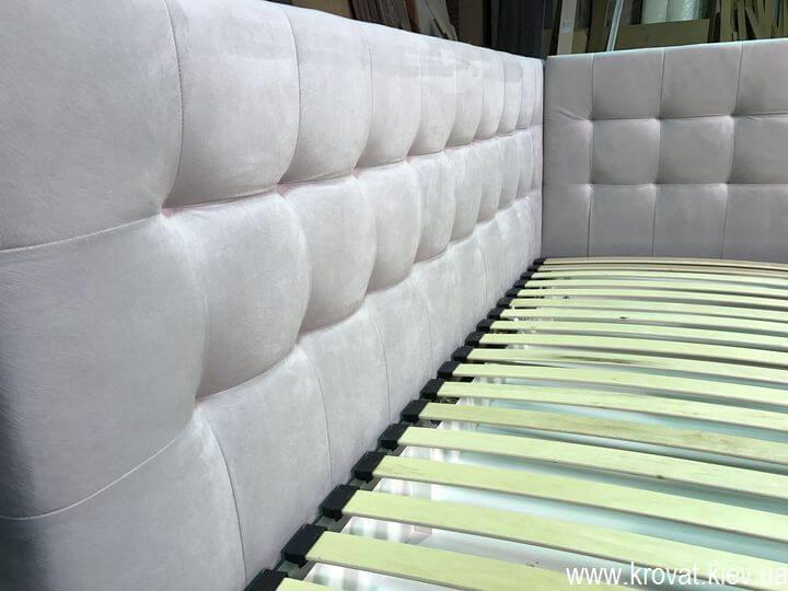 2-х спальная кровать в угол комнаты на заказ