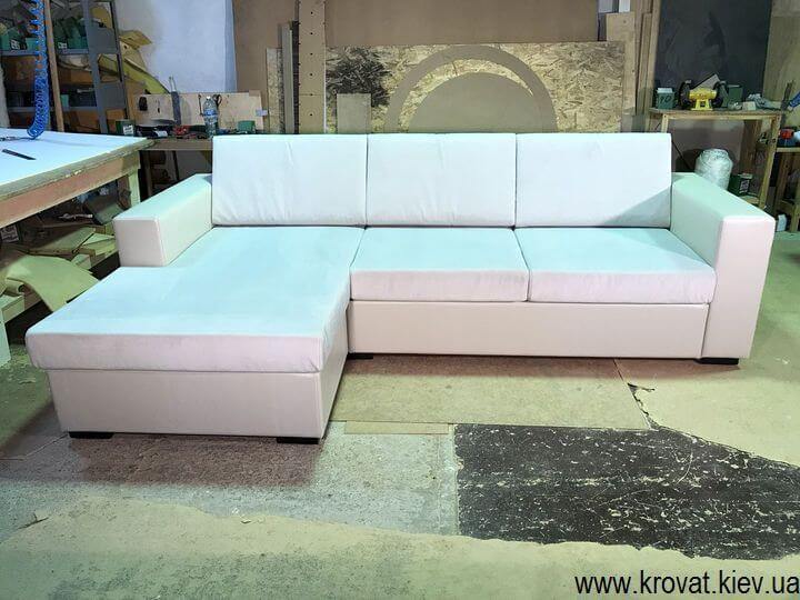 производство нераскладных угловых диванов