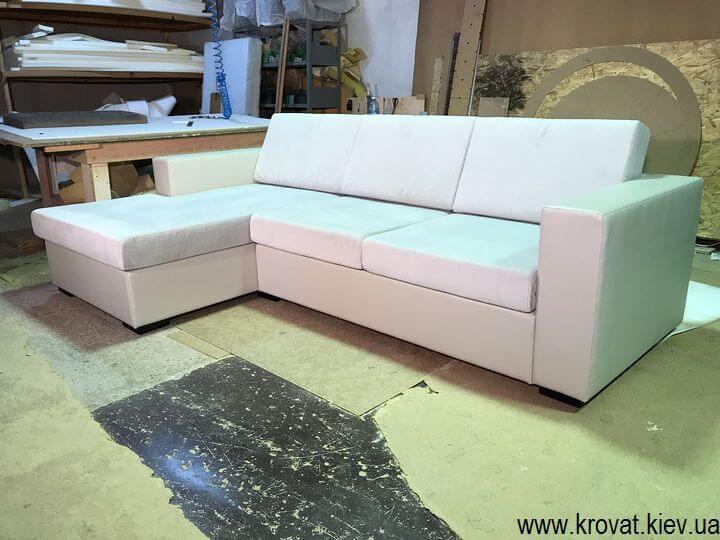производство нераскладных угловых диванов на заказ