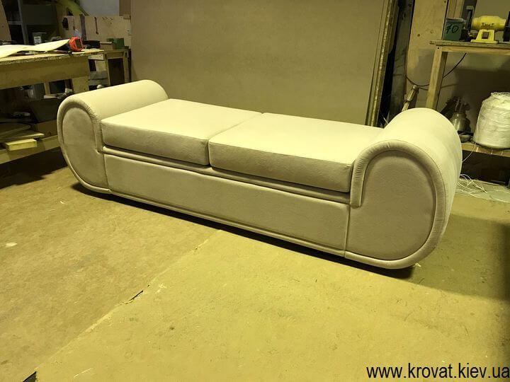 виготовлення диванів кушеток на замовлення