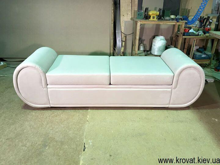 диван кушетка на заказ в Киеве