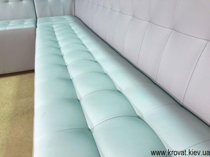 сидение дивана с утяжками