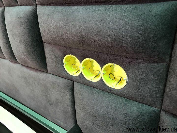 кровать с розетками на заказ
