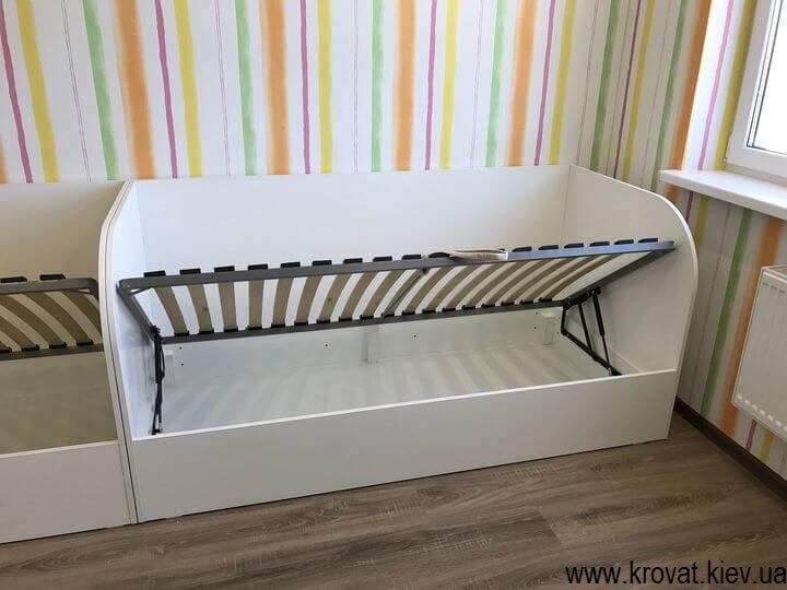 белая детская кровать из ДСП на заказ