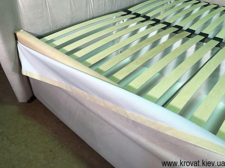 високе ліжко за американським стандартом на замовлення