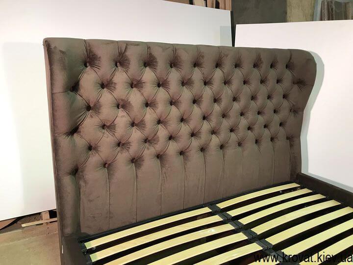 кровати с обивкой из ткани на заказ
