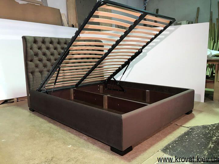ліжка на замовлення в тканині