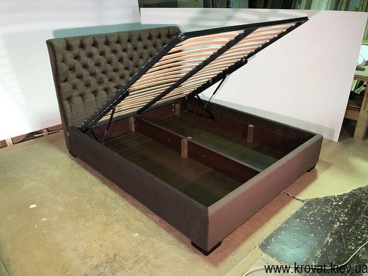 кровать с обивкой из ткани с подъемным механизмом на заказ