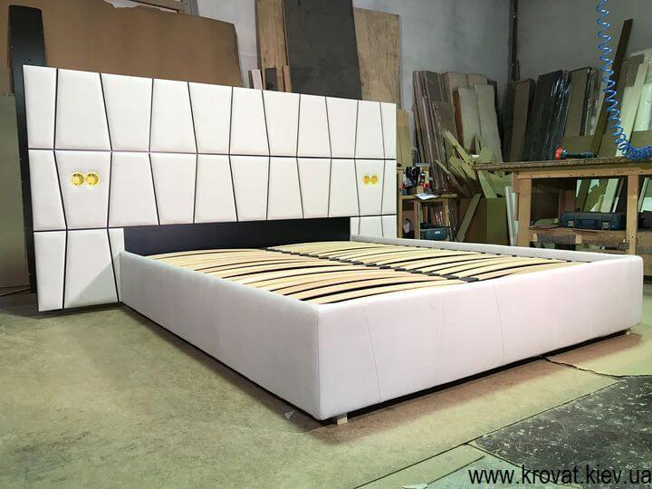ліжко з розетками на замовлення