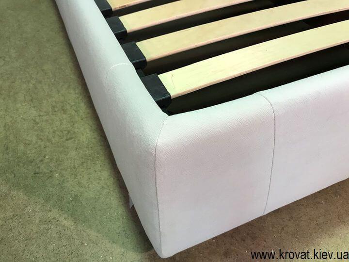 ліжко з широкою спинкою з розетками на замовлення
