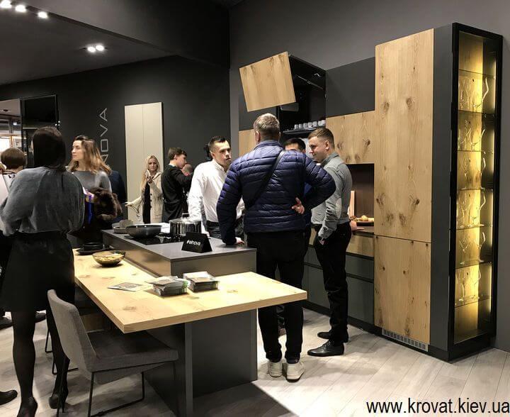 мебель для кухни на мебельной выставке
