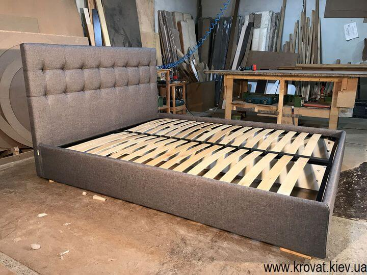 мягкая кровать с обивкой на заказ